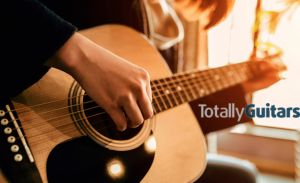 Curso de Guitarra Online en Totally Guitars con Neil Hogan,